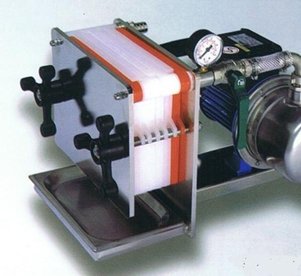 Filtres et plaques filtrante
