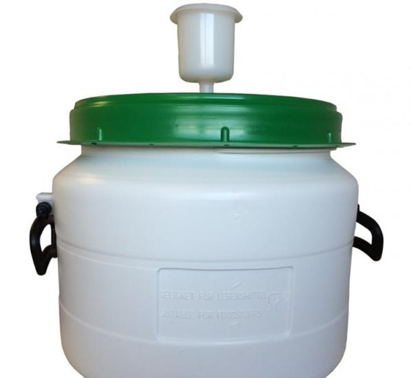Kunststofvat 31L wit-groen waterslot