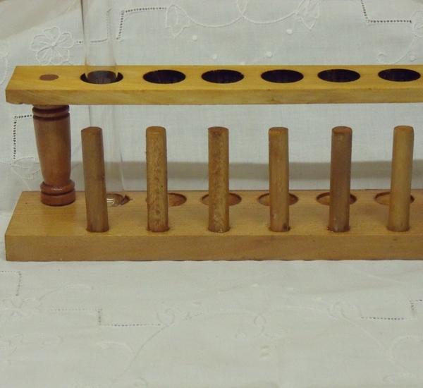 Porteur en bois pour 6 tubes à essais