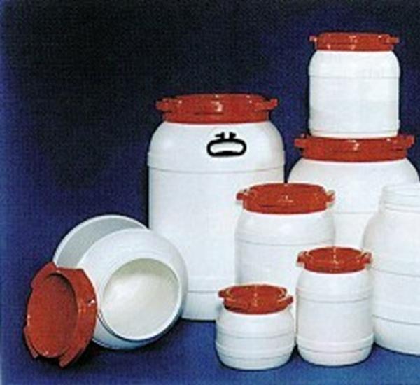Kunststofvat met schroefdeksel 68 liter