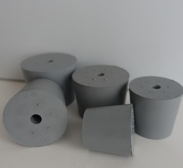 Bouchon gris avec trou 9mm 41/49 H40