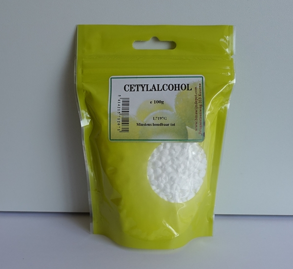 Cetylalcohol 100g.