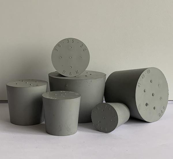 Bouchon plein gris sans trou 14/18 H20
